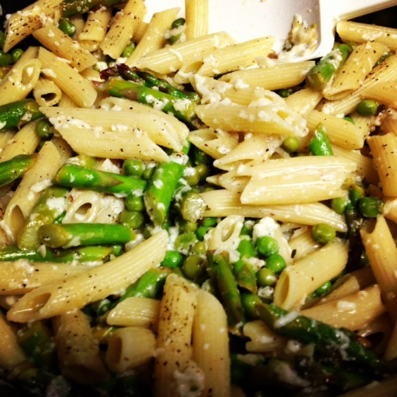 Pasta with asparagus & peas | Global Girl's Blog